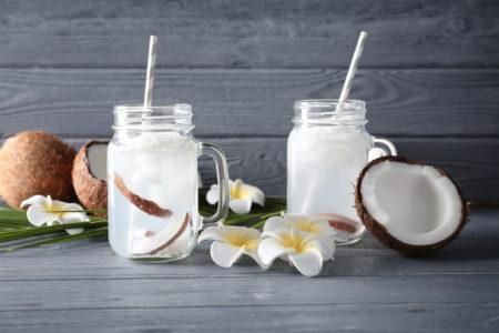 Чем полезна кокосовая вода?