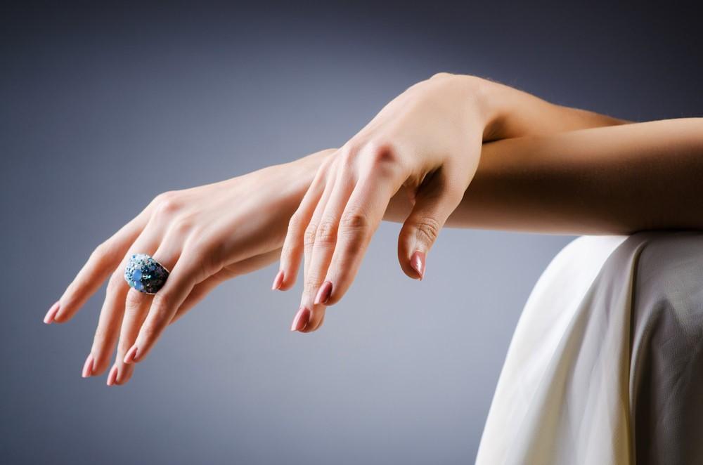 4 упражнения для сохранения красоты женских рук